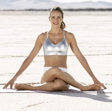 8 động tác yoga cho làn da mịn màng