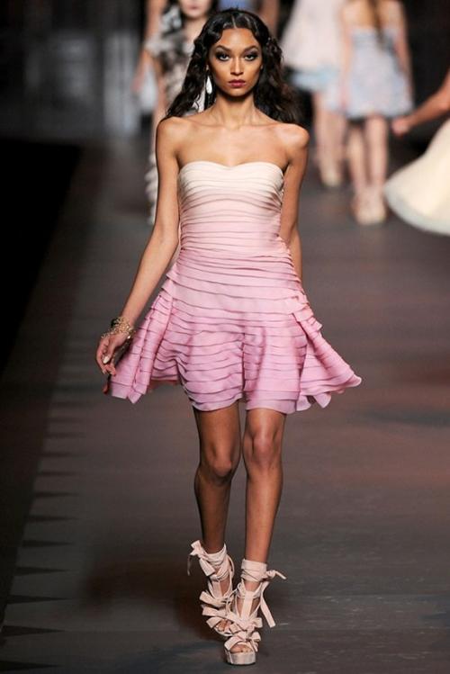 Ấn tượng và lãng mạn BST Thu Đông 2011 của Christian Dior - Hình 6