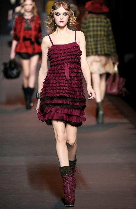 Ấn tượng và lãng mạn BST Thu Đông 2011 của Christian Dior - Hình 22