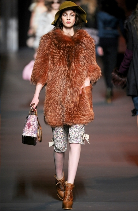 Ấn tượng và lãng mạn BST Thu Đông 2011 của Christian Dior - Hình 15