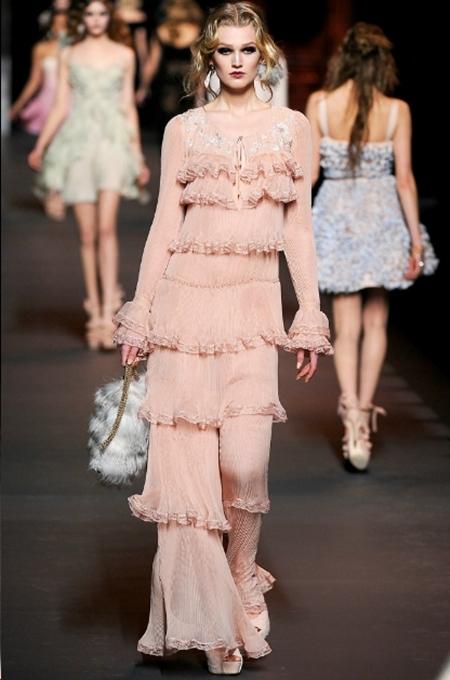 Ấn tượng và lãng mạn BST Thu Đông 2011 của Christian Dior - Hình 29