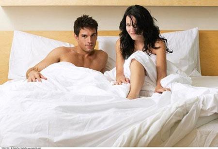 Rách bao cao su khi quan hệ thì có bị dính bầu?
