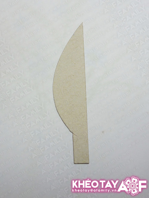 Trang trí nhà mình với bình hoa giấy tự chế