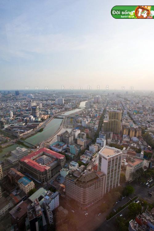 Chiêm ngưỡng cảnh đẹp có 1-0-2 từ tòa nhà cao nhất Sài Gòn - Hình 27