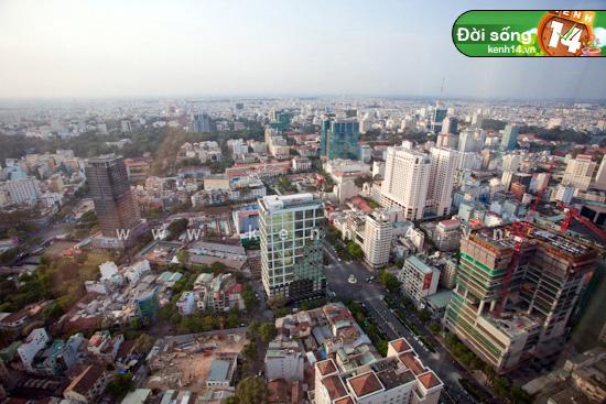 Chiêm ngưỡng cảnh đẹp có 1-0-2 từ tòa nhà cao nhất Sài Gòn - Hình 30