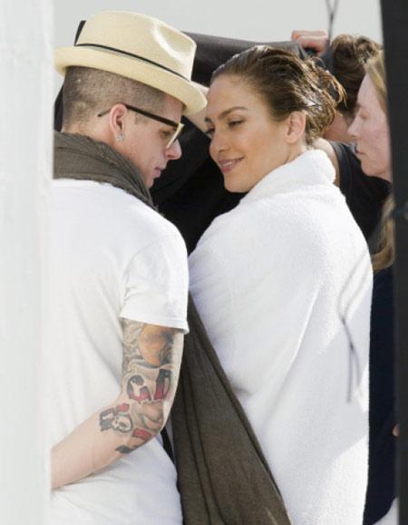J.Lo chưa muốn tái hôn với bồ trẻ - Hình 1