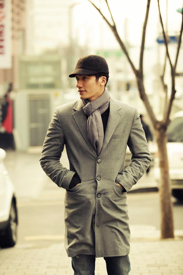 Minh Vương lãng tử trên phố cổ Hàn Quốc - Hình 1