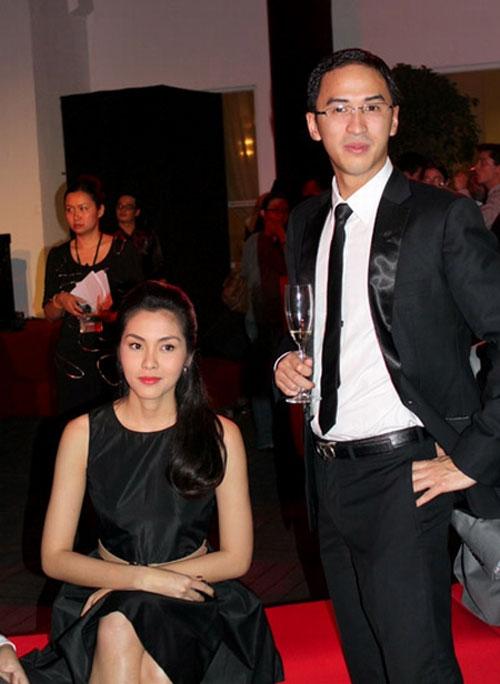 Những khoảnh khắc đẹp của Hà Tăng và Louis Nguyễn - Sao