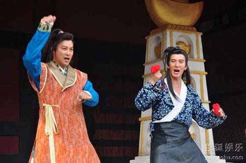 Vợ chồng Thổ địa cũng nhảy Gangnam Style - Hình 5
