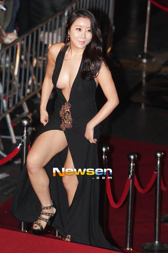 Những kiều nữ Hàn mất điểm vì mặc xấu