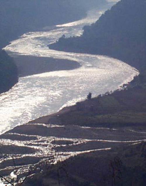 Ngắm 10 dòng sông dài nhất thế giới - Hình 12