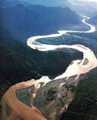 Ngắm 10 dòng sông dài nhất thế giới - Hình 6