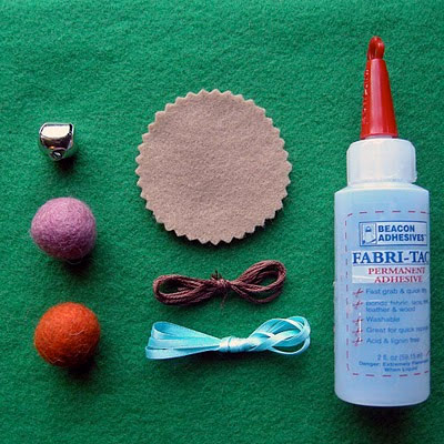 Làm kem ốc quế bằng vải nỉ