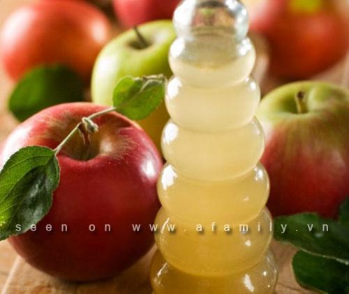 Thêm 8 công dụng kì diệu của dấm táo