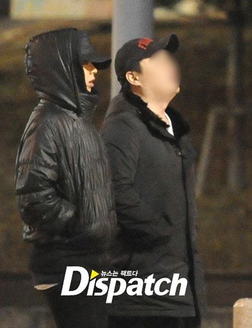 Song Ji Hyo hẹn hò với CEO của công ty quản lí - Hình 1