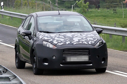 Hé lộ những thay đổi của Ford Fiesta sedan - Hình 2