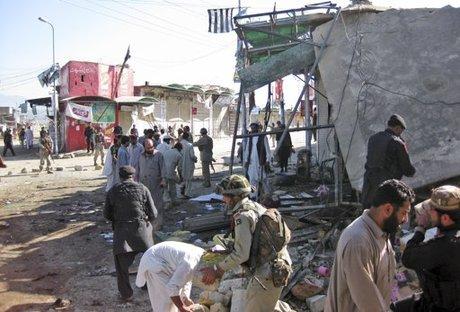Pakistan: Rocket rơi trúng chợ, 19 người thương vong - Hình 1