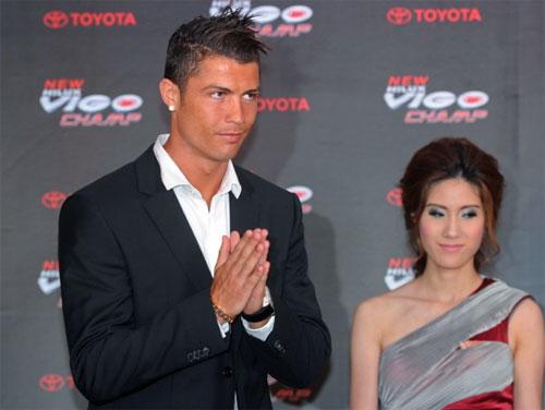 C. Ronaldo kiếm bộn tiền ở Thái Lan - Hình 1