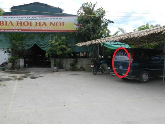 Nghệ An: Lại việc Quan vô tư dùng xe công đi nhậu - Hình 1