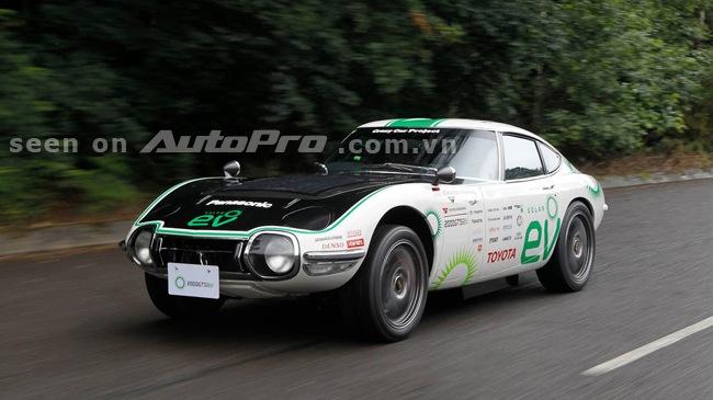 Toyota phát triển xe thể thao chạy điện mới - Hình 1