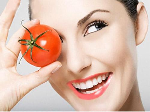 6 cách đẹp từ đầu tới chân với cà chua - Hình 3