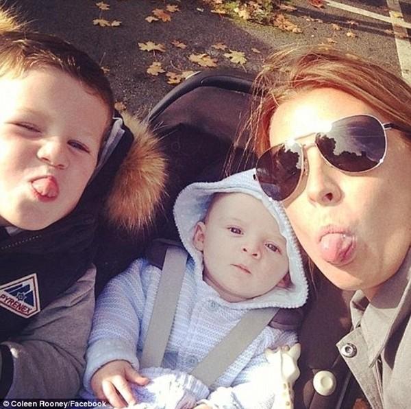 2 quý tử cực đáng yêu của gia đình Rooney
