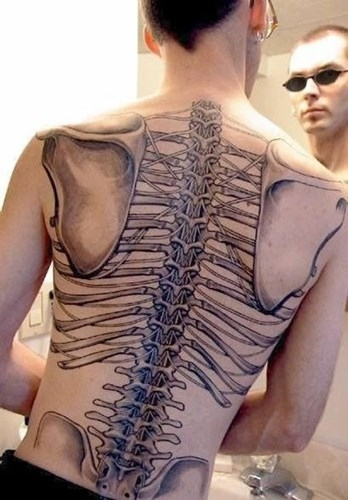 13 hình xăm nội tạng kinh dị
