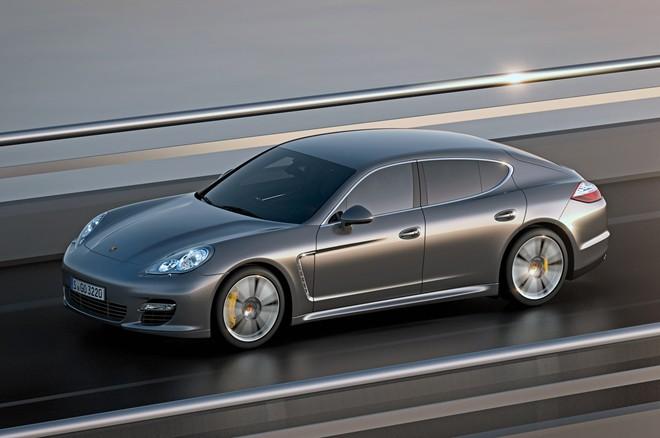 Porsche Panamera Turbo S có giá 10,5 tỷ đồng tại Việt Nam