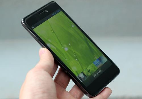 Đánh giá smartphone Full HD giá tốt Q-Smart Dream SI