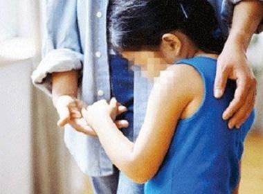 YÊU RÂU XANH (P.125): Mẹ xé lòng nghe con gái kể chuyện bị bố hiếp dâm tai sex 4
