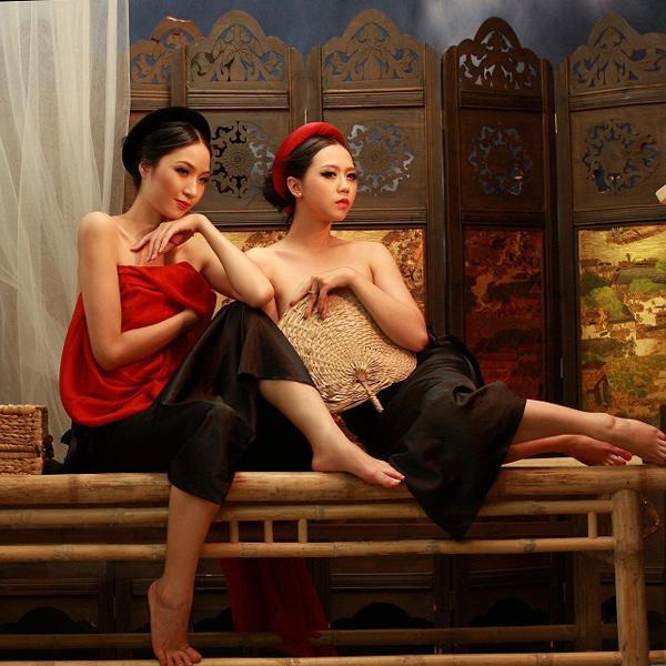 Ảnh khỏa nude nghệ thuật của Ngô Bích Ngọc và Minh Phương - Hình 3