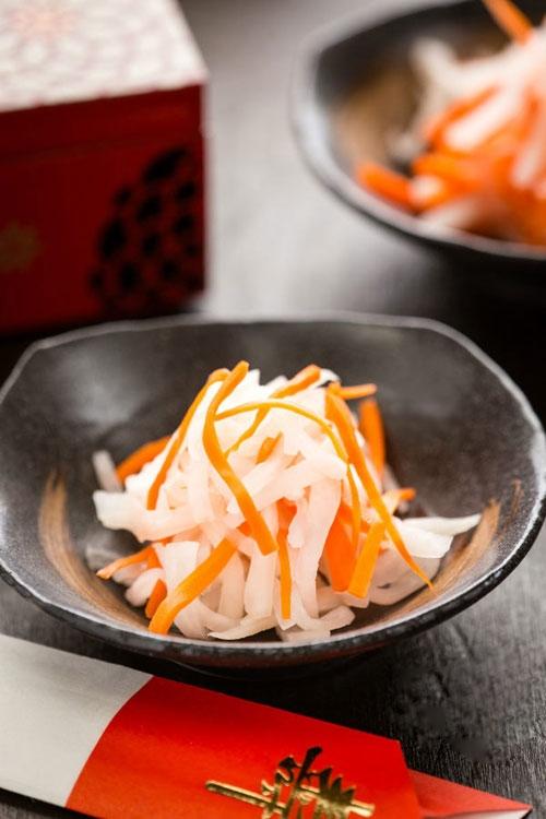 [Chế biến] - Nộm củ cải mix cà rốt chua ngọt