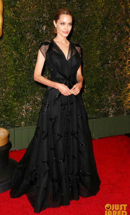 10 bộ váy lộng lẫy nhất 2013 - Hình 4