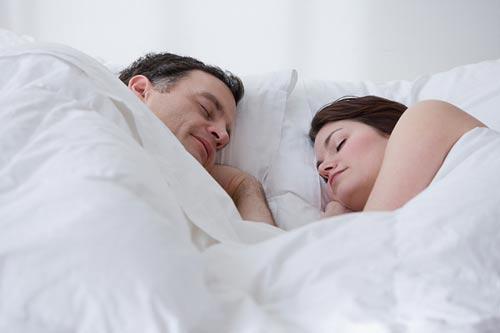 Giải mã hiện tượng giấc mơ tình ái ở người phụ nữ khoe hang 3