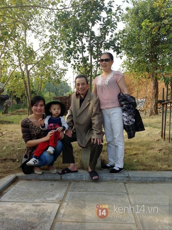 Vợ cố nghệ sĩ Văn Hiệp đã về tới Việt Nam để chịu tang chồng