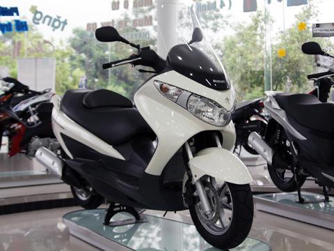 Xe tay ga Suzuki Burgman 125 có mặt tại Việt Nam - Chơi xe