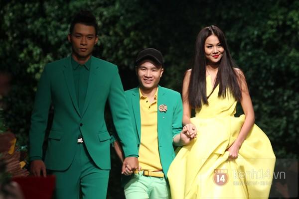 Ngọc Trinh nhí nhảnh mở màn show diễn của Đỗ Mạnh Cường