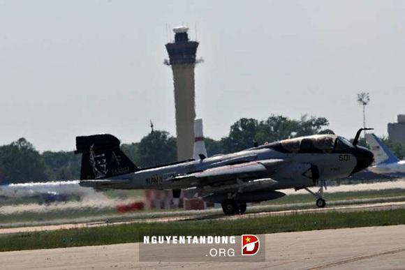 Mỹ thay loạt máy bay gây nhiễu vô hiệu hóa Trung Quốc