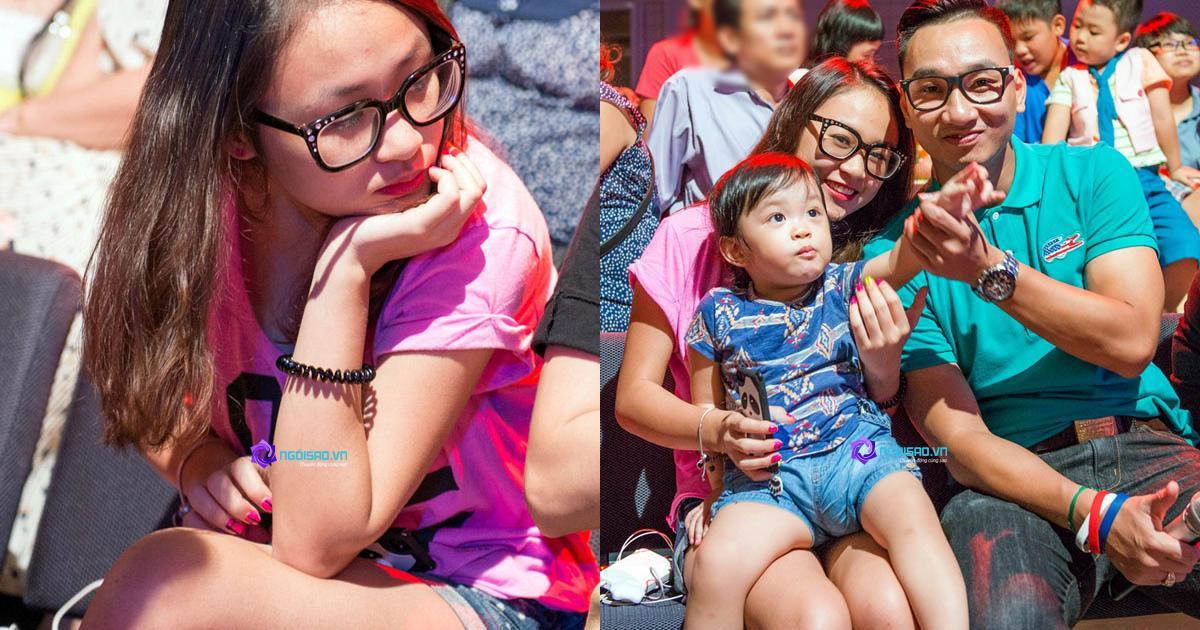"""""""Bắt gặp"""" con gái yêu của diva Thanh Lam cùng mẹ đi xem nhạc"""