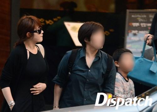 Nữ hoàng gợi cảm Kim Hye Soo bị nghi đang mang thai?