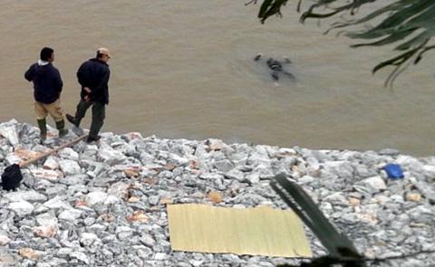 Bí ẩn hai xác chết trên sông Bạch Đằng girl 4