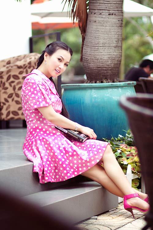 Ca sĩ Hà Phương trẻ trung như tuổi đôi mươi - Hình 1