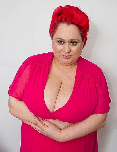 Những rắc rối hy hữu vì ngực khủng - Hình 3
