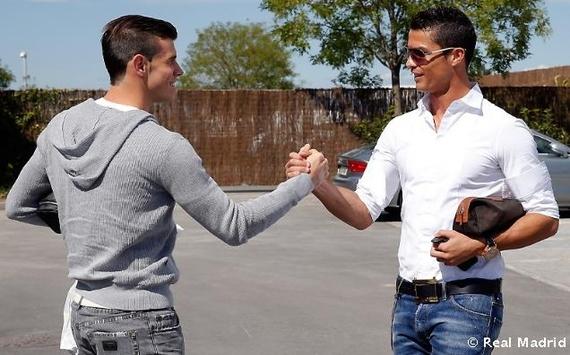 Thống kê giá tiền trang phục của Ronaldo và Bale - Hình 1