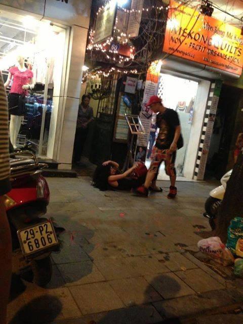 Rihanna - Chris Brown ngả mũ trước cặp đôi Andrea và Yanbi - Hình 5