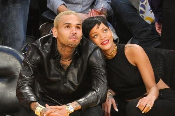 Rihanna - Chris Brown ngả mũ trước cặp đôi Andrea và Yanbi - Hình 6