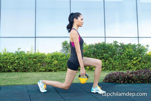 4 động tác để có đôi chân và vòng ba quyến rũ như Hoa hậu Hương Giang - Hình 4