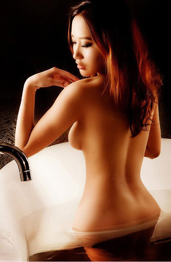 Ảnh nude phòng tắm cực gợi cảm siêu mẫu số một Nhật Bản lon dep hay 3