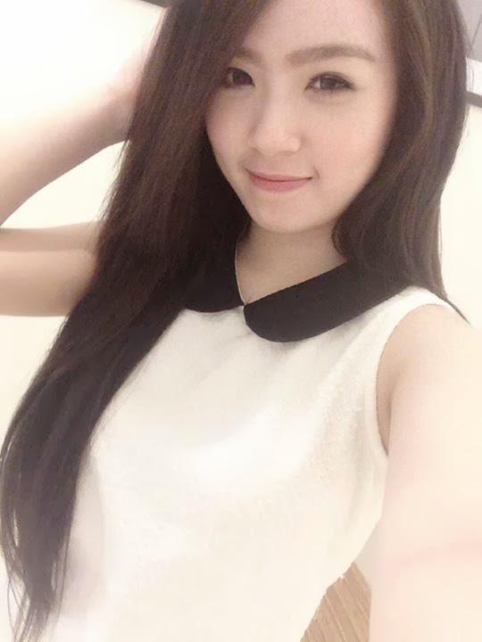 Em gái Trang Nhung tự tung ảnh nóng phim sex 2