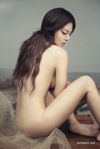 Ảnh nude Phùng Vũ Chi giống nữ hoàng thị phi Phạm Băng Băng - Ảnh Hot Girl sex 2